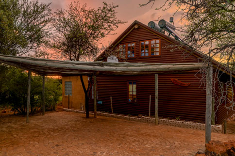 magaliesberg-mountains-stone-hill-15